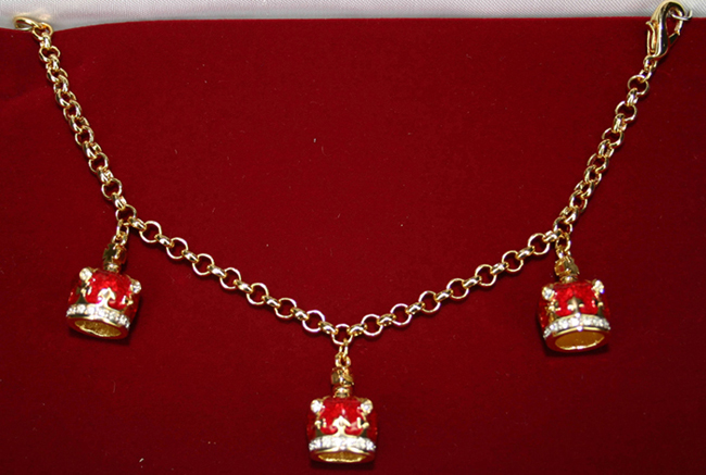 Three Crown charm bracelet