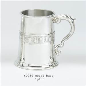 1 Pint Pewter Tankard with Golf Design - EBP-60250 by Edwin Blyde.