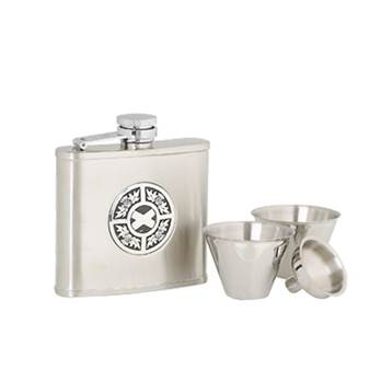 Stainless Steel 4oz Hip Flask with Thistle/Saltire Pattern in presentation box with Cups and Funnel